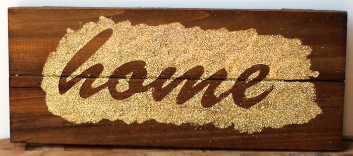 Glitter Plank Board Sign Tutorial - Glitter HOME Board