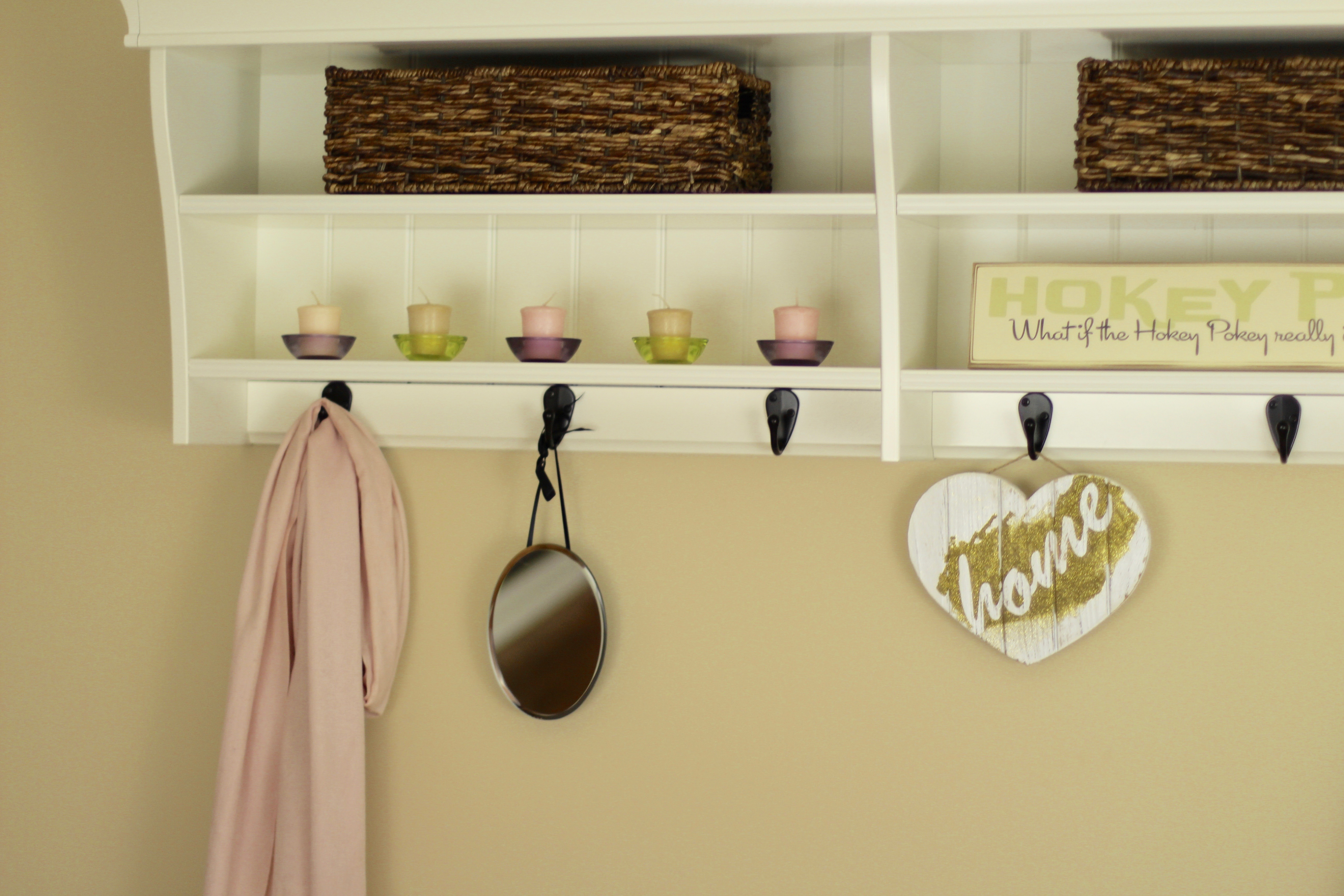 Entryway Home Decorating Ideas- The Organized Mama