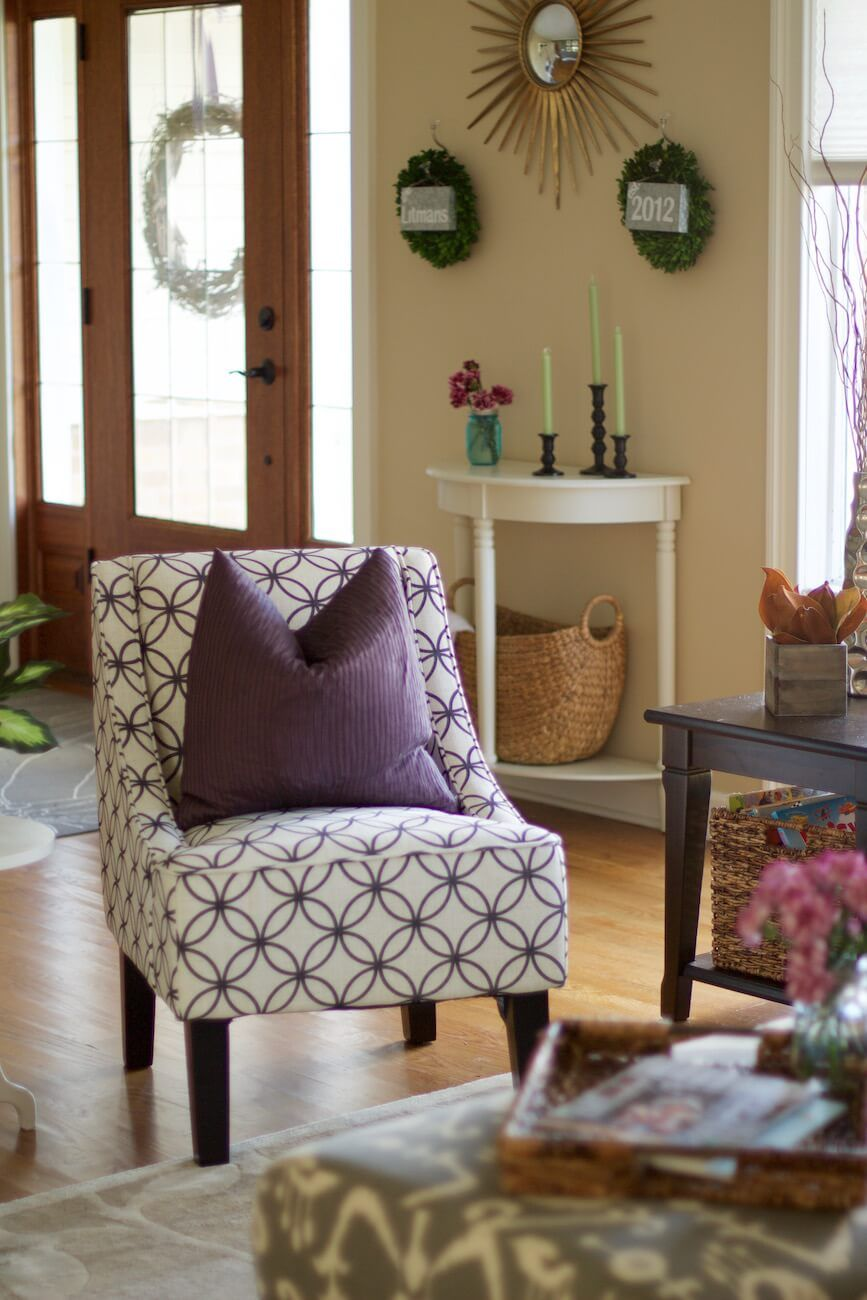Organized Living Room: How To Do An End-Of-Night Clean-Up