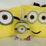 DIY Minions Pillows