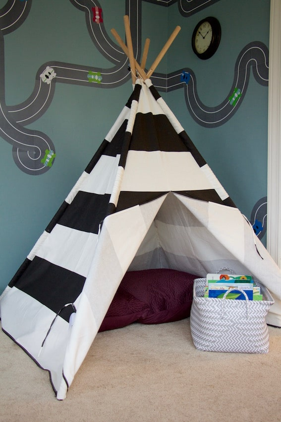 Teepee and Decals Play Room