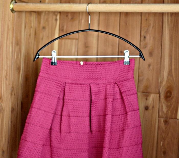 lmo-skirt-hanger