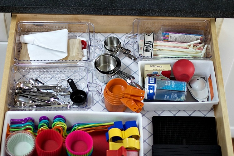 how to organize baking drawer