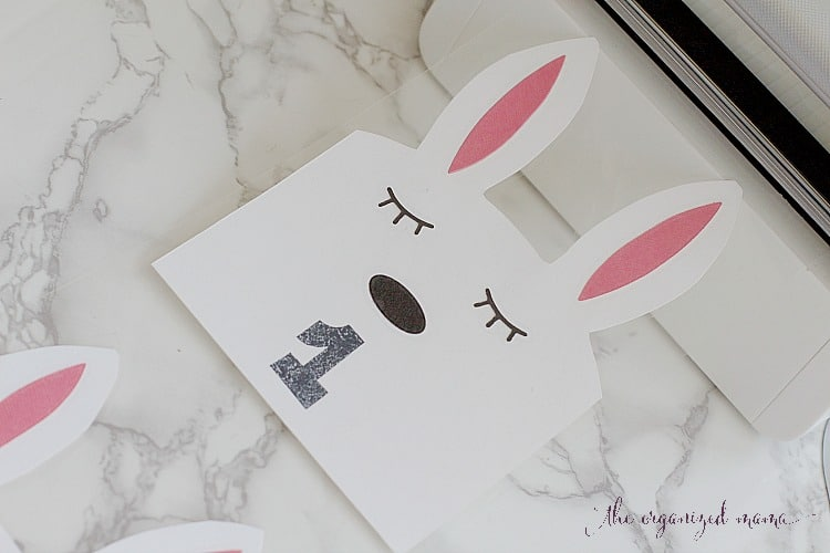 Learn how to create adorable bunny play room labels to add some character to bins #playroom #organize #labels