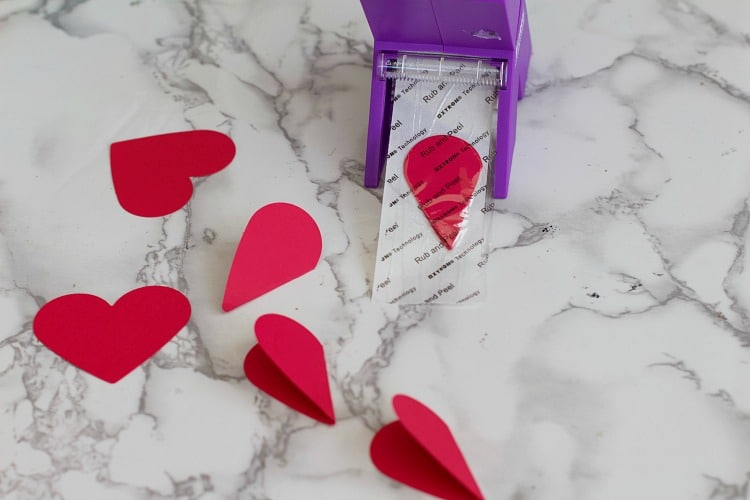 How To Create Valentine Decorations: 3-D Heart Wall Art - The ...